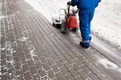 snow-removal-driveway-paver