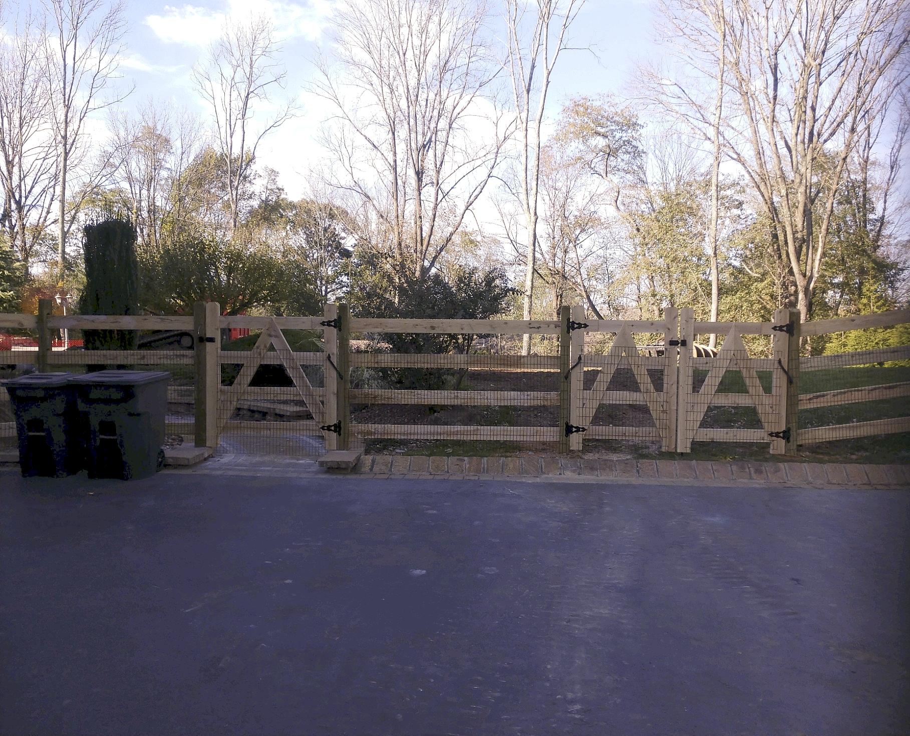 Retaining Walls & Fencing